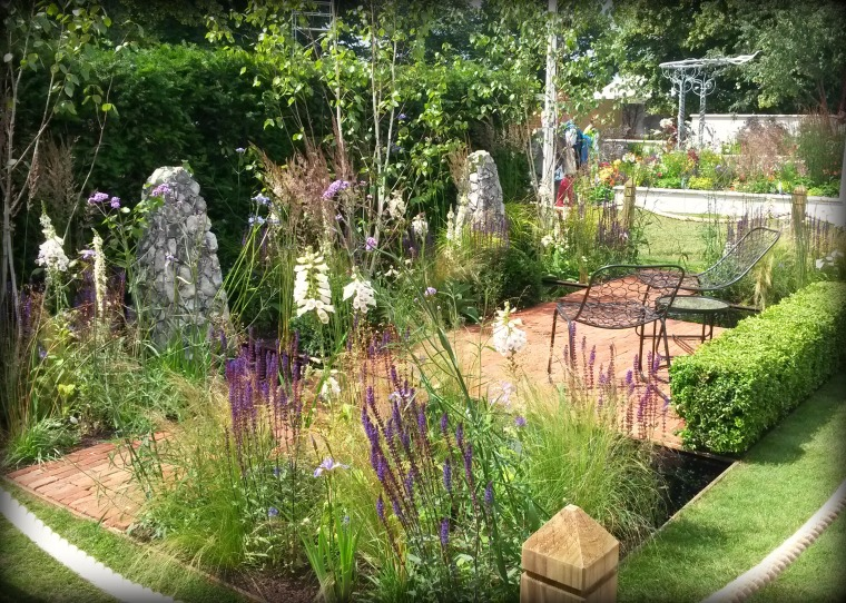 Streetscape's Summer In Sussex Garden.jpg